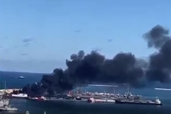 Mühimmat taşıyan Türkiye gemisi Hafter güçleri tarafından bombalandı