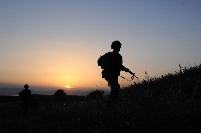 İdlib'de 2 asker hayatını kaybetti, 5 asker de yaralandı