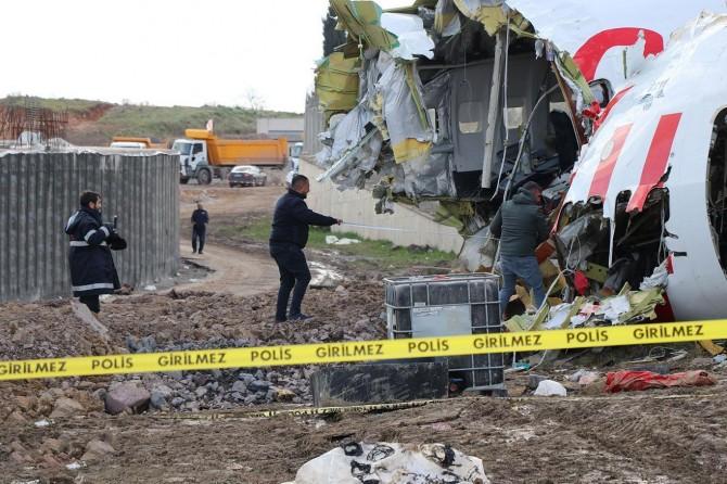 Ulaştırma Bakanlığından İstanbul'da düşen uçakla ilgili açıklama