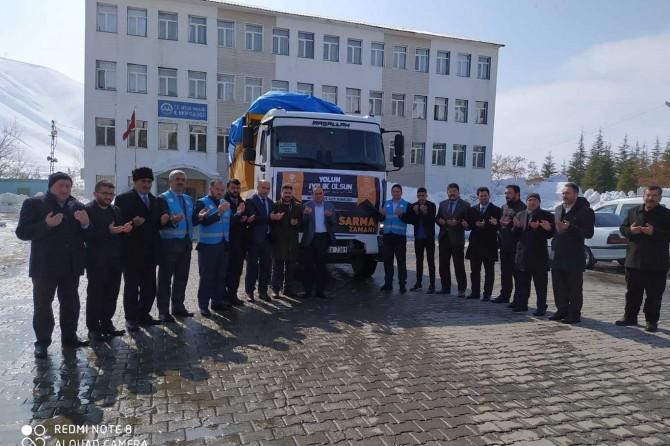Bitlis İl Müftülüğü ve TDV Bitlis şubelerinden depremzedelere yardım eli