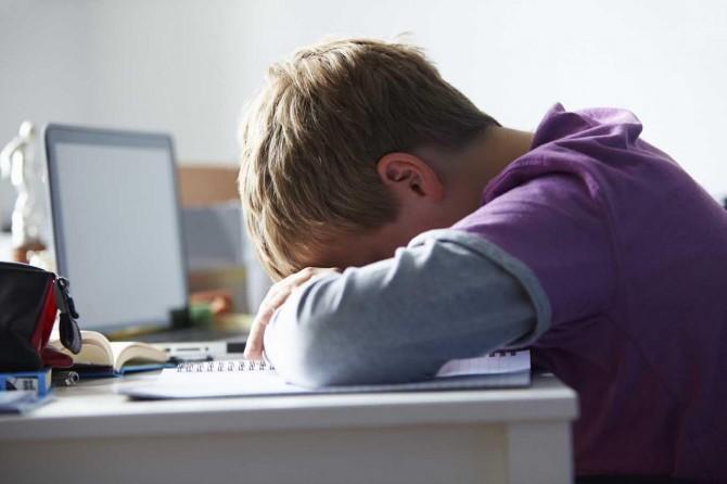 Gençler maruz kaldıkları siber zorbalığı ebeveynlerine anlatmıyor