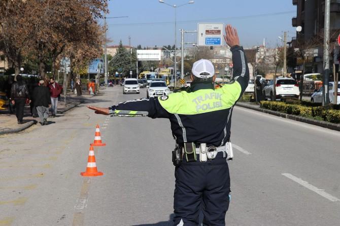 Gaziantep'te trafik kurallarını ihlal eden binlerce sürücüye para cezası verildi