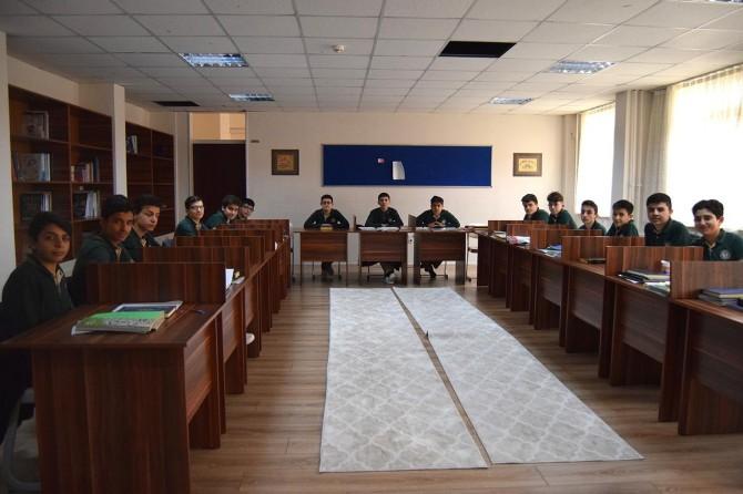 Zeytinburnu İmam Hatip Lisesi ilahiyat fakültelerine öğrenci hazırlayacak
