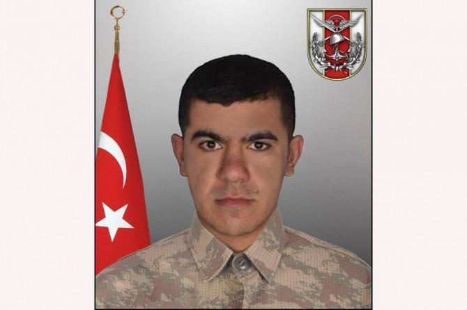 İdlib'de bombalı saldırıda bir asker hayatını kaybetti
