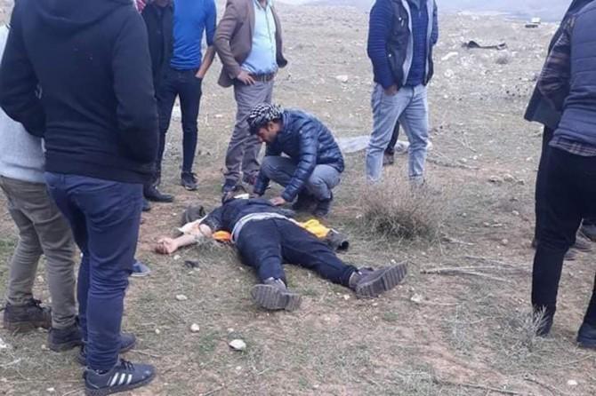 Şanlıurfa-Viranşehir yolu Dağyanı mevkiinde otomobil yoldan çıktı: 4 yaralı
