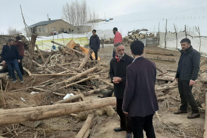 Umut Kervanı Vakfı Van deprem bölgesinde