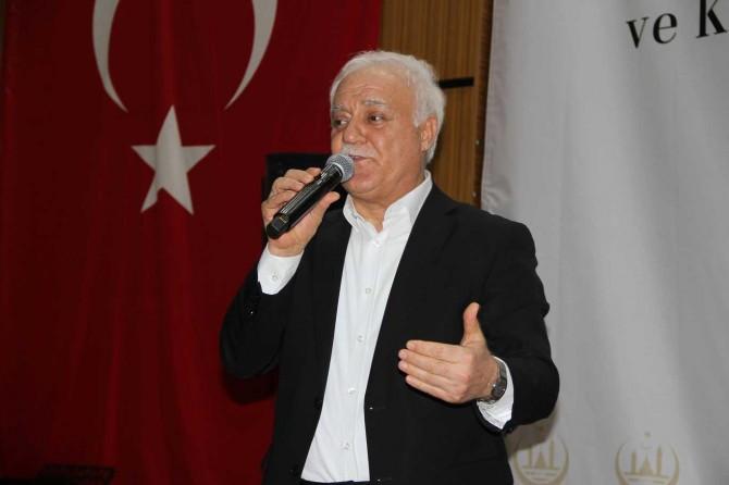 """Prof. Dr. Nihat Hatipoğlu: """"Hazreti Muhammed'in dokunduğu hiçbir gönül kaybetmedi"""""""