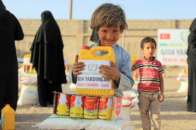 IHH 10 bin Yemenli aileye yardım ulaştırdı