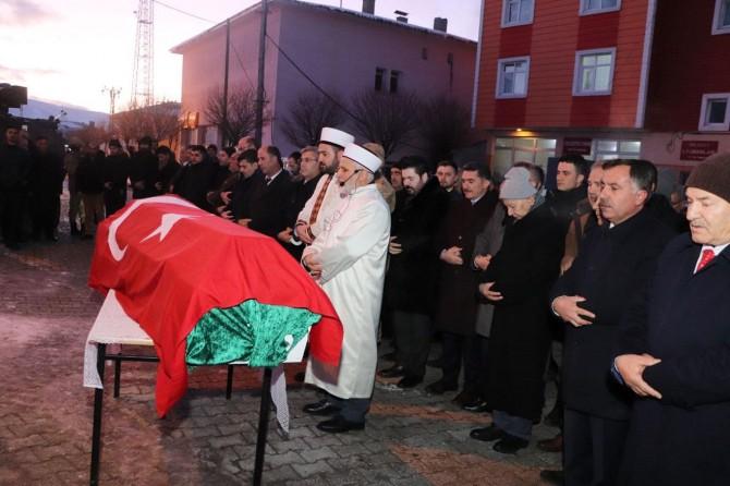 Almanya'da öldürülen Gültekin'in cenazesi memleketi Ağrı'da defnedildi