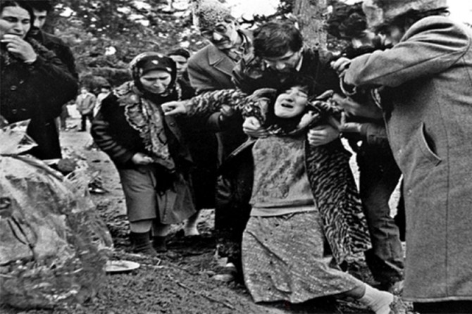 Hocalı Katliamı 28'inci yılında unutulmadı