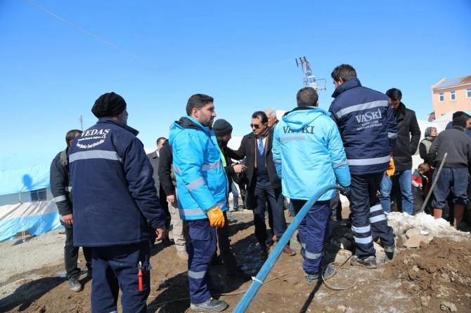 Van'da depremden etkilenen yerlerdeki su ve kanalizasyon hattı yapımı tamamladı