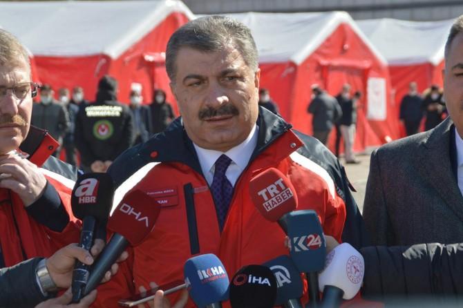 Sağlık Bakanı Koca: Doğubayazıt'ta 18 kişi karantinaya alındı
