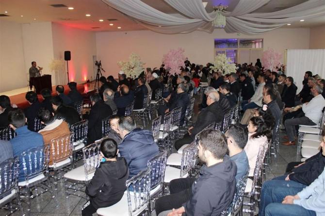 "Paris'te ""Modern Çağda İslami Yaşam"" temalı konferans düzenlendi"
