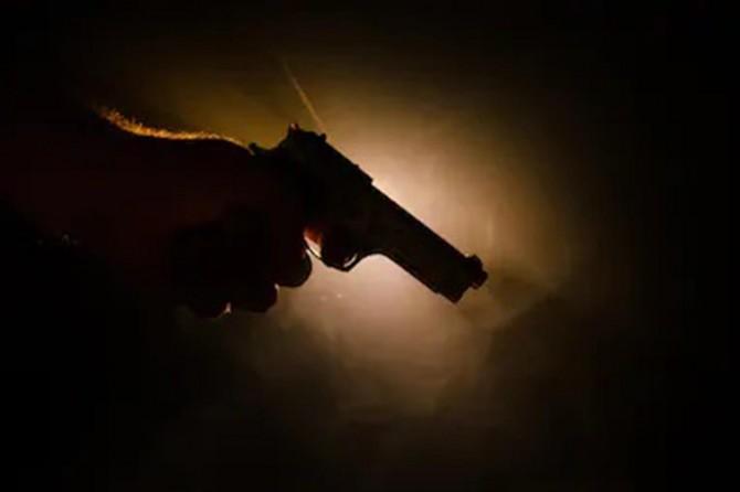 Lise öğrencisi, tartışı babasını silahla vurdu