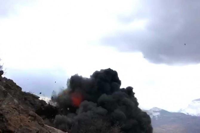Siirt'te tespit edilen el yapımı patlayıcı imha edildi