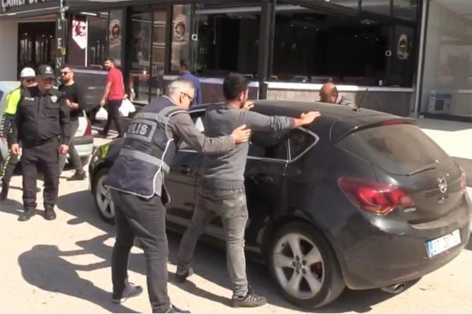 Gaziantep'te düzenlenen uyuşturucu operasyonunda 48 kişi gözaltına alındı
