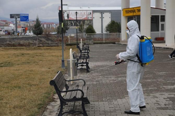 Bingöl'de camiler ve terminal dezenfekte edildi