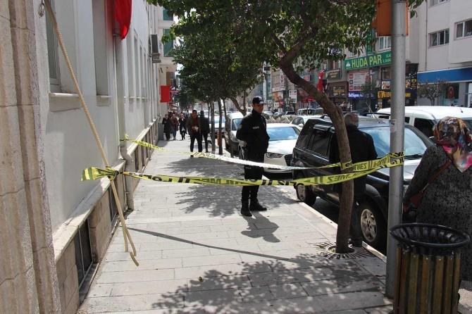 Elâzığ'da şehir merkezinde silahlı saldırı