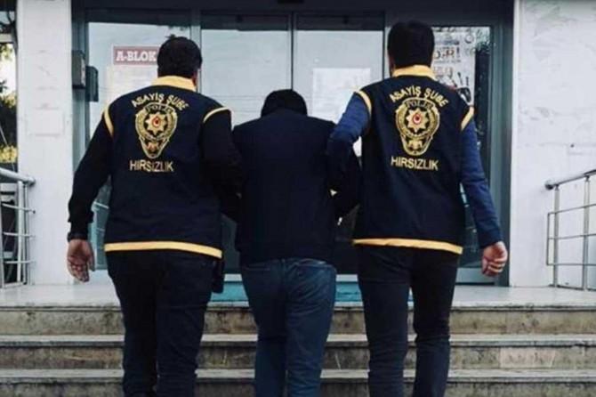 Balıkesir'de cinayet bahanesiyle dolandırıcılık yapan 2 kişi tutuklandı