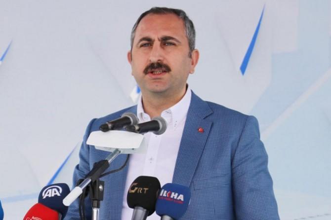 Adalet Bakanı Gül: Adliyelerde nöbet sistemine geçildi