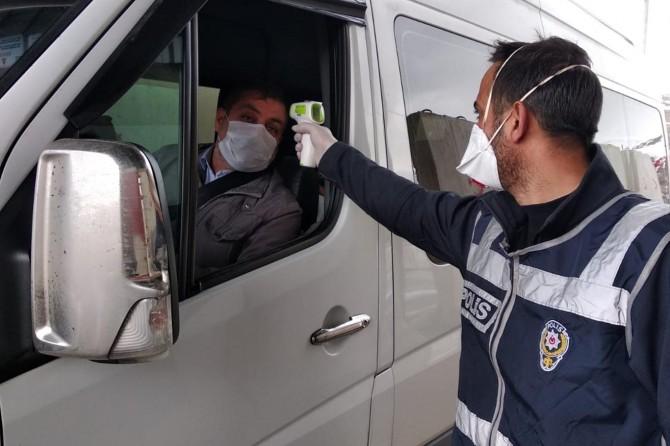 Bitlis'te genelgeyi ihlal eden şehir içi yolcu taşımacılarına ve vatandaşlara ceza yağdı