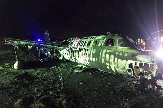 Filipinler'de ambulans uçağın alev alması sonucu 8 kişi hayatını kaybetti