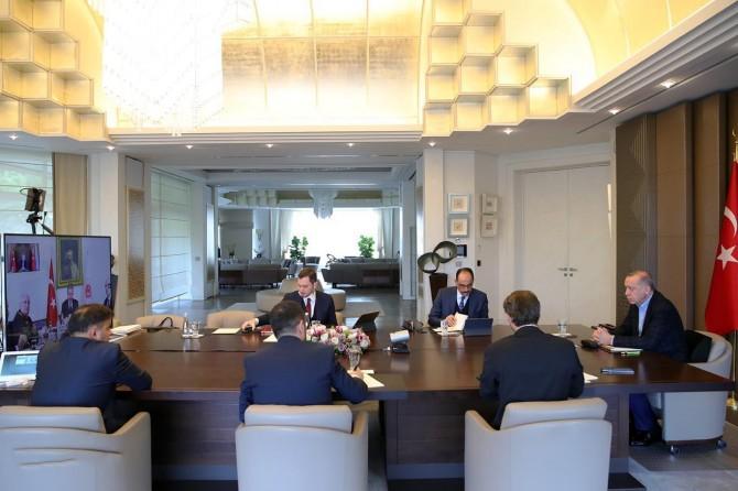 Cumhurbaşkanı Erdoğan başkanlığındaki ilk telekonferans kabine toplantısı bugün