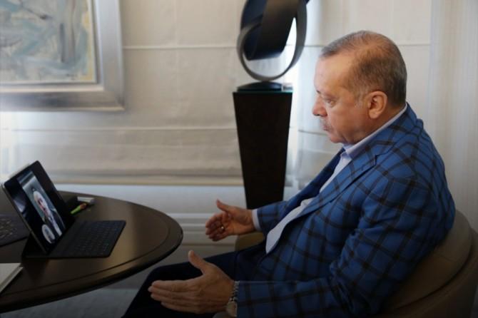 Cumhurbaşkanı Erdoğan, Ulaştırma ve Altyapı Bakanı Karaismailoğlu ile görüştü