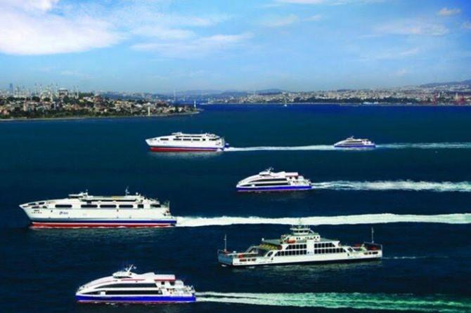 İstanbul'da deniz seferleri durduruldu