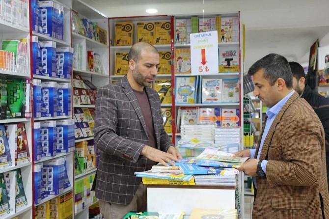 Şanlıurfa'da kırtasiye satışları düşerken kitap satışları yükseldi