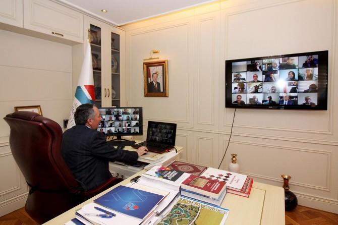 Ağrı İbrahim Çeçen Üniversitesi senato toplantısı telekonferans yöntemiyle yapıldı