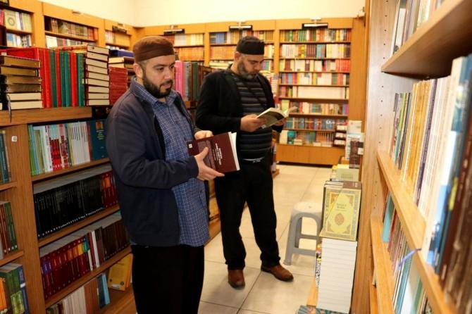 Evde kalan Gaziantepliler kitap okumaya yönelince kitap satışları arttı