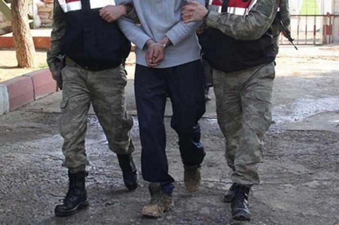 Şırnak'ta bir PKK'lı güvenlik güçlerine teslim oldu