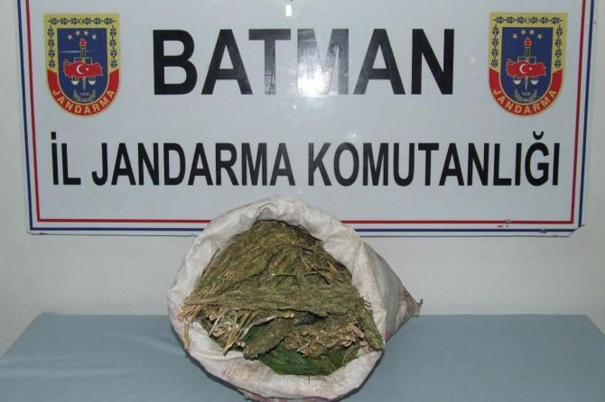 Batman'da 9 buçuk kilogram esrar maddesi ele geçirildi