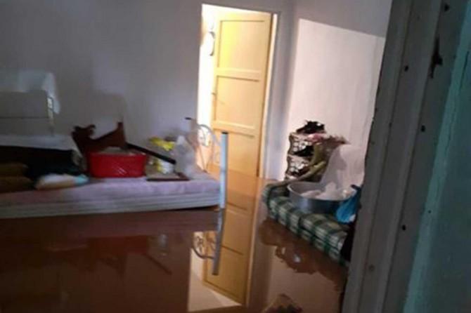 Kovancılar'da aşırı yağış, sel ve su baskınına neden oldu