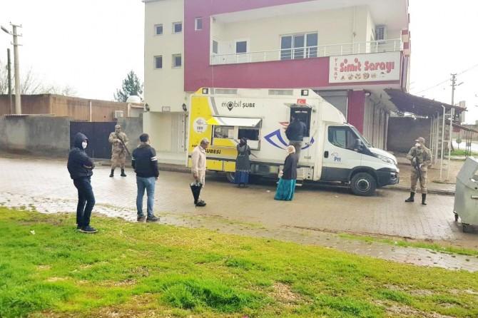 Mardin'de kırsal mahallelerde PTT mobil aracı hizmet vermeye başladı