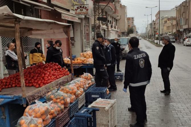 Kızıltepe'de Coronavirus tedbirlerine uymayan seyyar satıcılara ceza kesildi