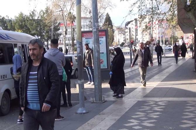 Adıyaman'da havaların açılmasıyla insanlar sokaklara döküldü