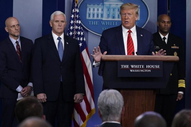 ABD Başkanı Trump: Tıbbi malzeme stoklarımız neredeyse bitti