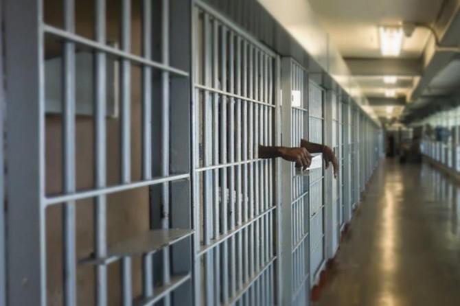 ABD'deki tutuklular iki hafta boyunca hücre ve koğuştan çıkarılmayacak