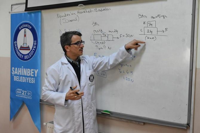 Gaziantep Şahinbey Belediyesinden öğrencilere uzaktan eğitim