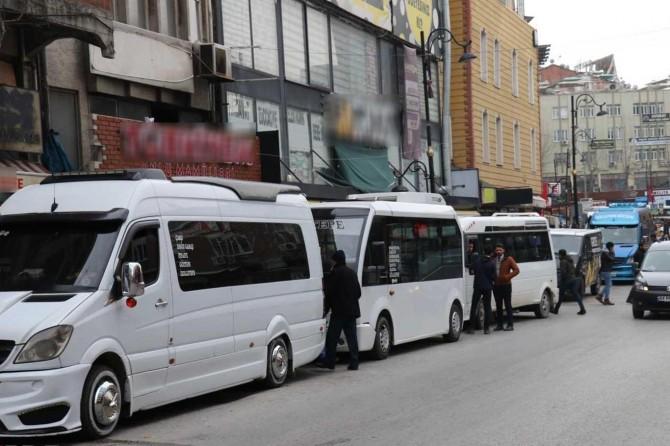 Malatya'da Covid-19 tedbirleri kapsamında bazı caddeler trafiğe kapatıldı