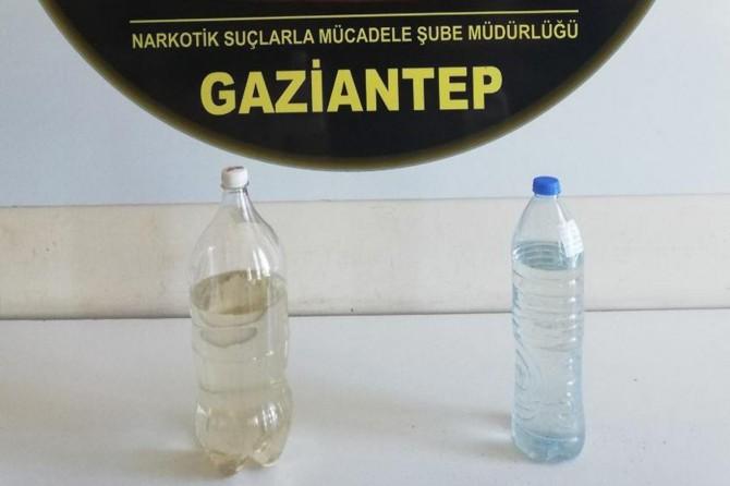 Gaziantep'te şüpheli araçtan sıvı uyuşturucu çıktı