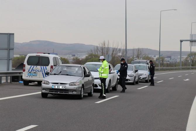 Ankara'ya giriş çıkışlar kapatıldı