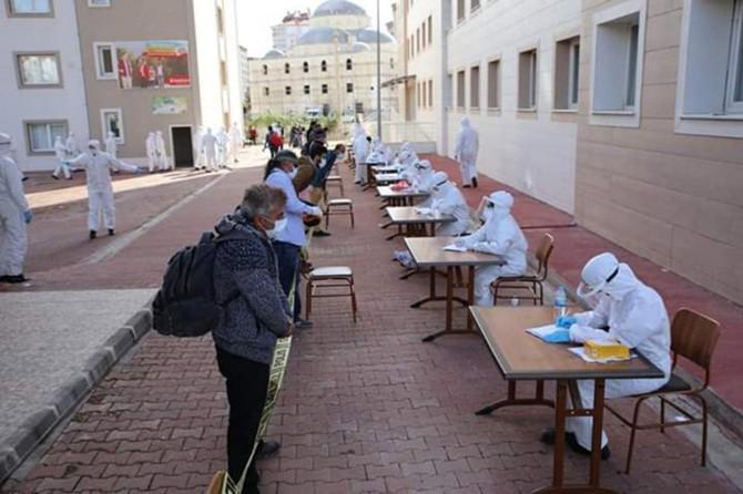 Karadağ'dan Adıyaman'a getirilen işçiler karantinaya alındı