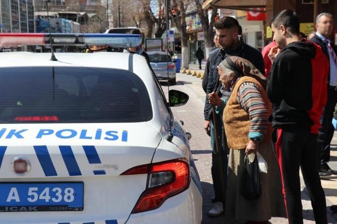 Gaziantep'te sokağa çıkma kısıtlamasını ihlal eden yüzlerce kişiye para cezası verildi