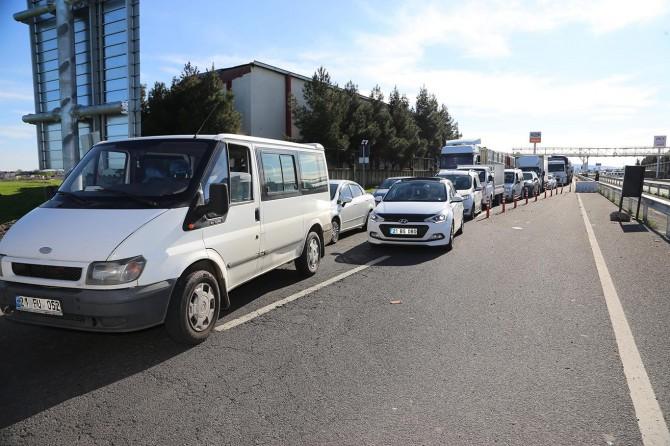 Diyarbakır'da özel araçların giriş-çıkışına izin verilmiyor