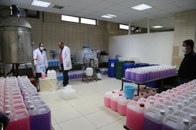 Batman Üniversitesi günlük bir ton sıvı sabun üretimine başladı
