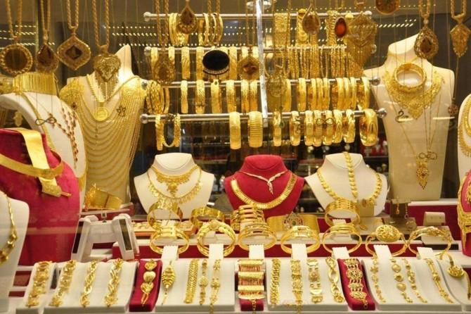Gram altın 352 liraya çıkarak rekor kırdı