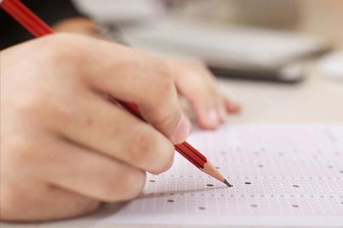 Bursluluk sınavında öğrenciler, birinci dönem müfredatından sorumlu olacaklar